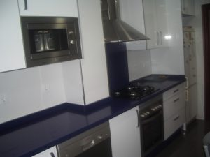 Cocina azul reformas Montoya