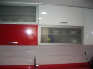 Cocina roja reformas Montoya